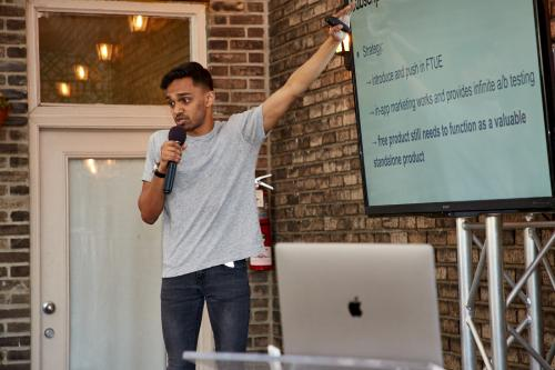 FreshPlanet's Amit Kumar presents on the Experts' Terrace stage at App Growth Summit NYC 2018